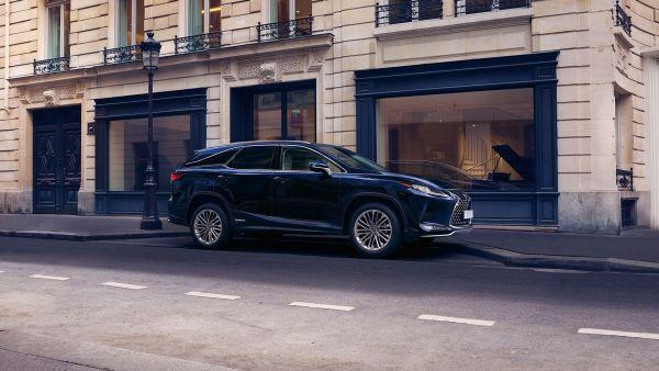 LEXUS RX 450h L HYBRIDE à partir de 939 € / mois