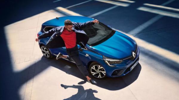 RENAULT CLIO E-TECH HYBRIDE À PARTIR DE 179€/MOIS(1)