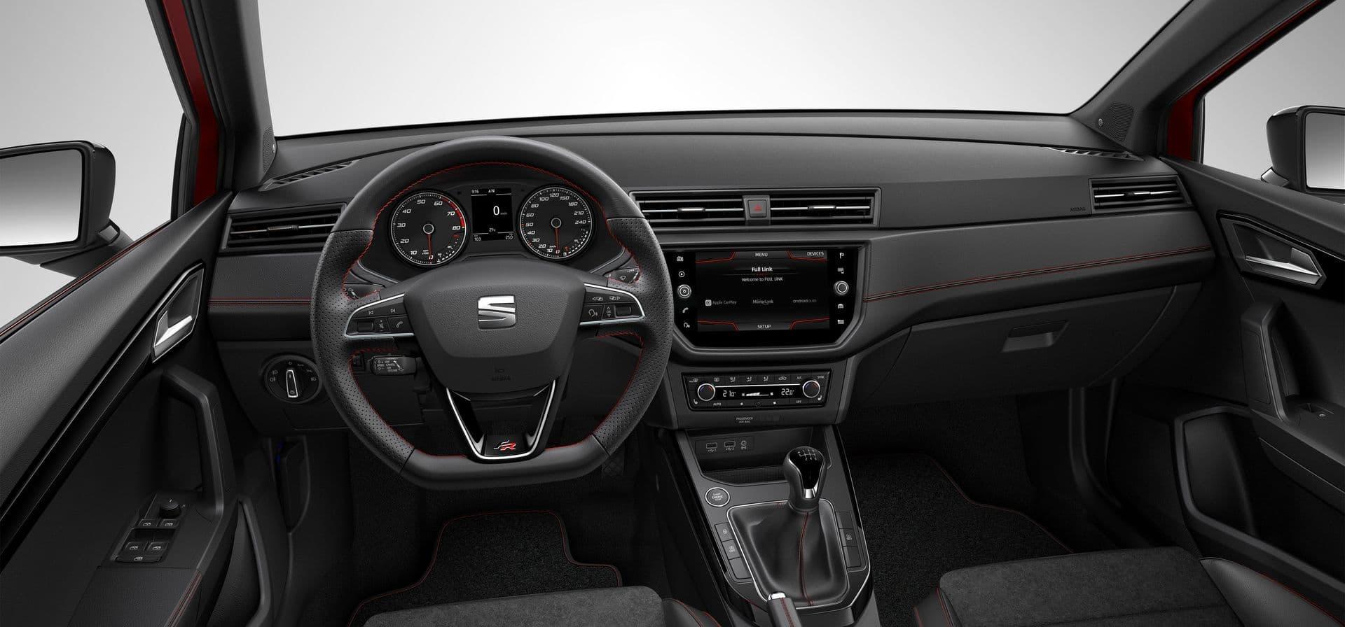 Design intérieur et tableau de bord nouvelle SEAT Arona