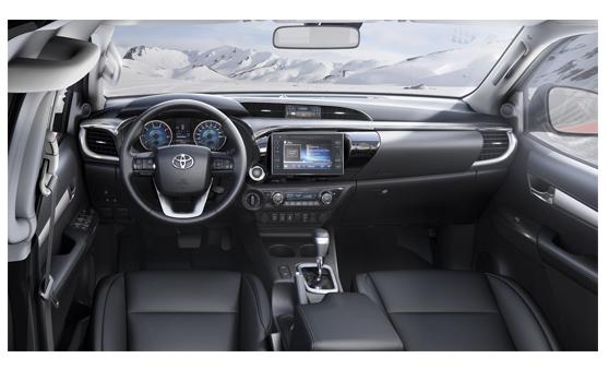 Tableau de bord et équipement intérieur Toyota Hilux