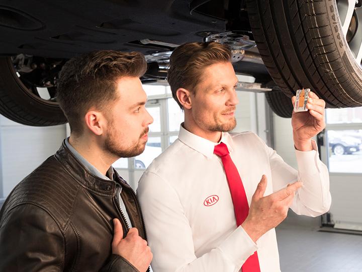 Faire contrôler les pneumatiques en concession Kia