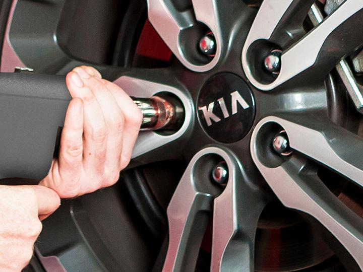 Entretien pneumatique en concession Kia