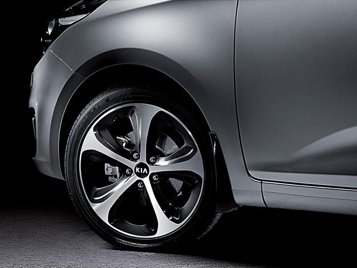Système de surveillance de la pression des pneus monté à l'intérieur de chaque pneu