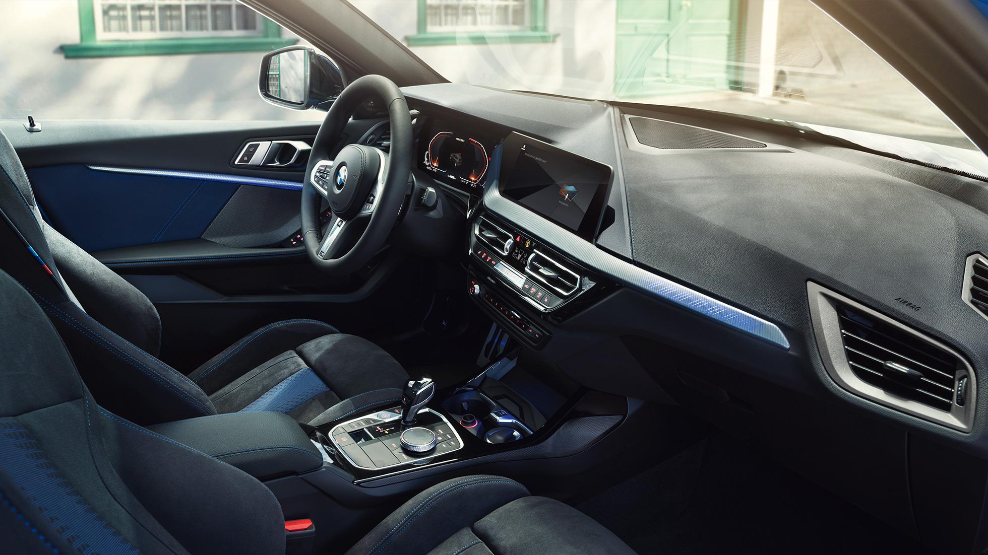 Découvrez l'habitacle de la nouvelle BMW Série 1 à Carcassonne,Narbonne en concession Edenauto