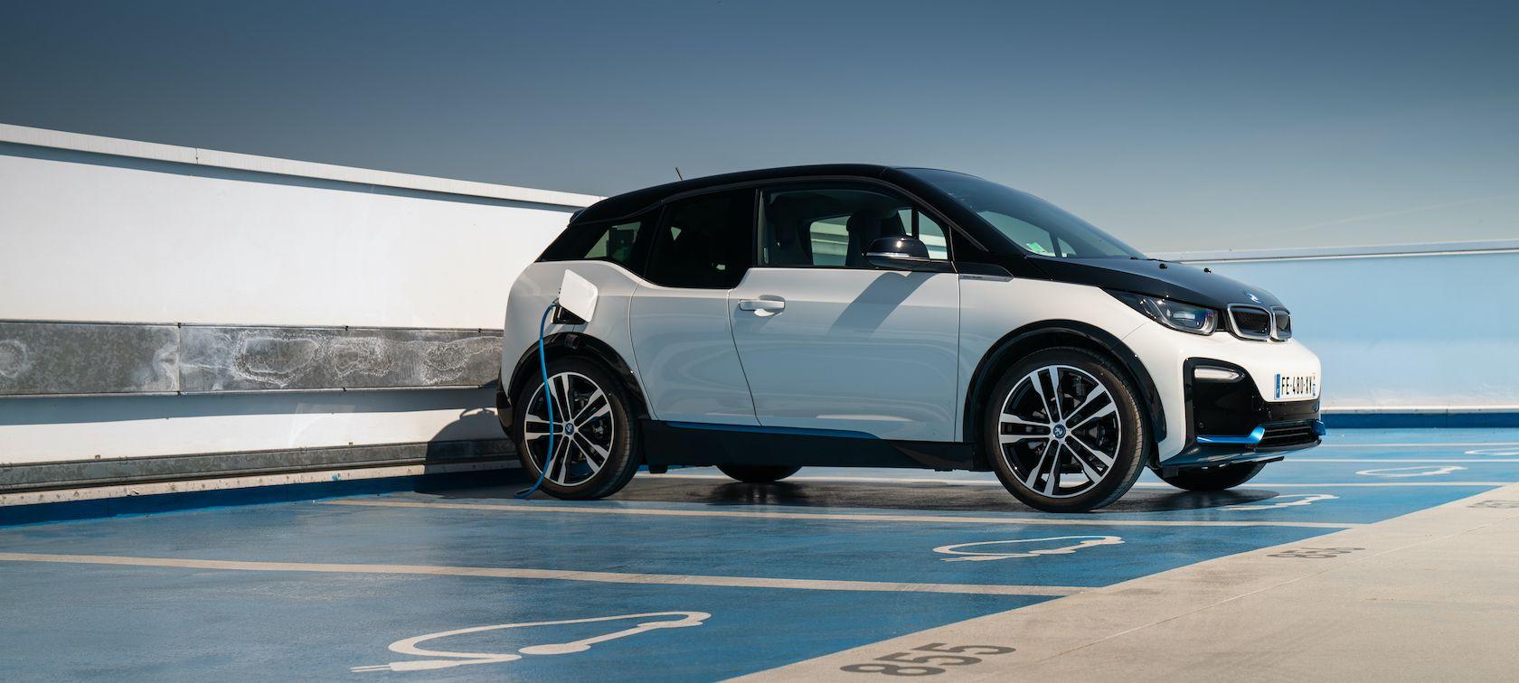 BMW i3 à partir de 195€ par mois