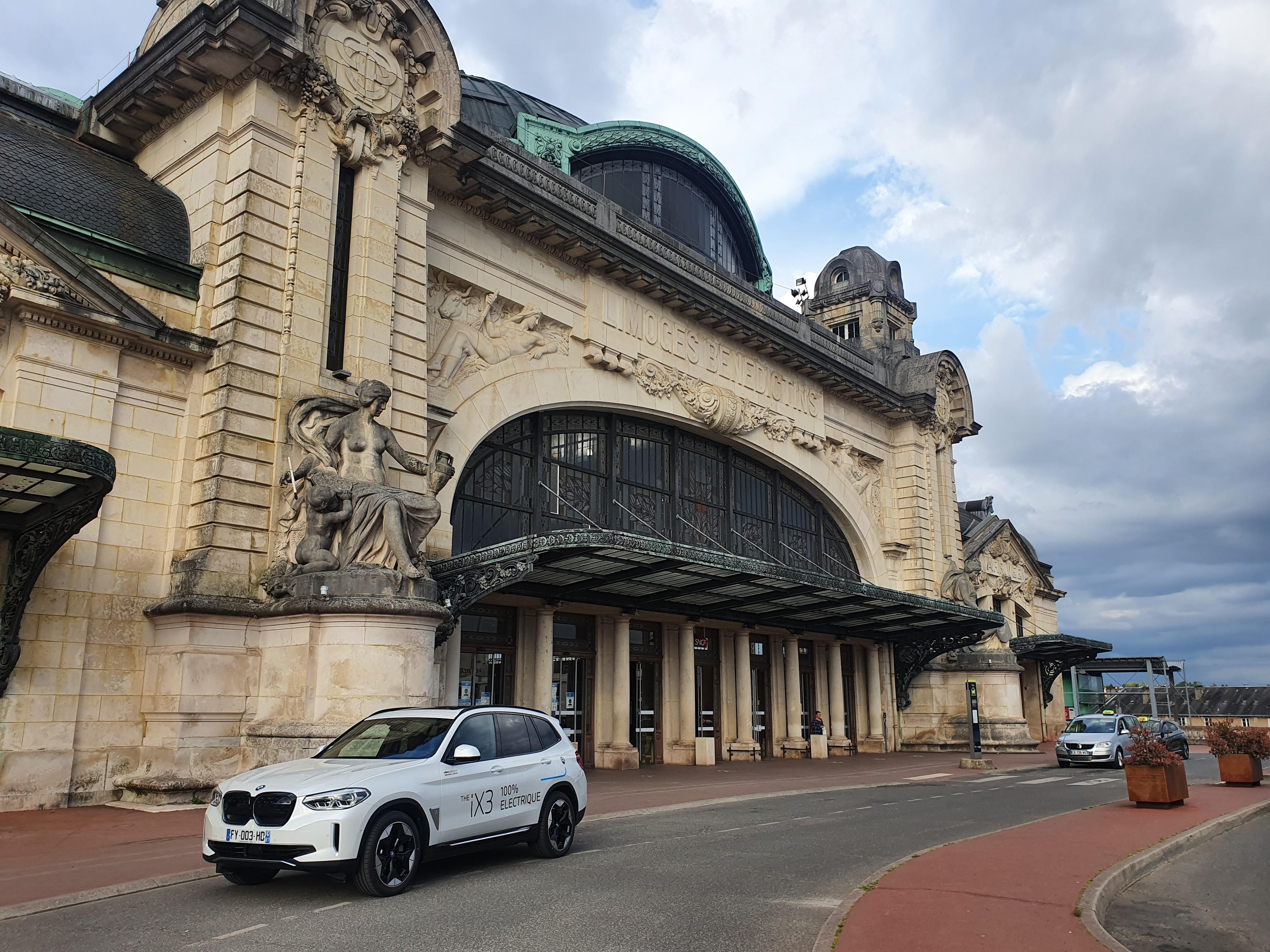 BMW iX3 - Nouveau SUV BMW 100% électrique