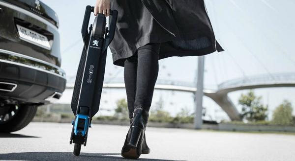 Peugeot : le prix Red Dot Product Design 2017 pour e-Kick