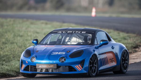 Alpine dévoile sa nouvelle voiture de course Alpine A110 CUP