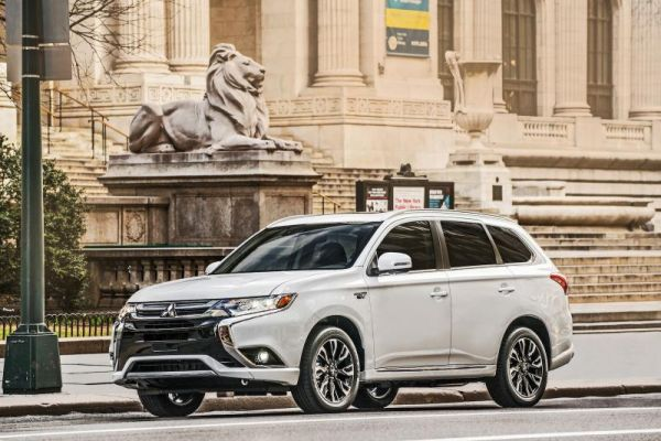 Mitsubishi :  son SUV hybride rechargeable
