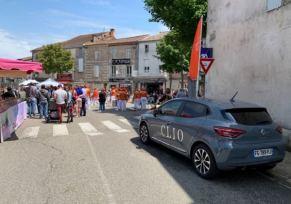 Renault Tonneins aux Fraisiades de Clairac