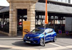 Renault Langon aux marchés nocturnes de Monségur
