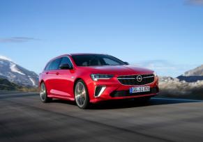 Prestigieuse et performante : l'Opel Insignia GSi fait ses débuts au Salon de l'Automobile de Bruxelles