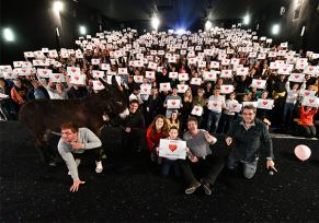 Renault/Dacia Tarbes partenaire du film Papi Sitter
