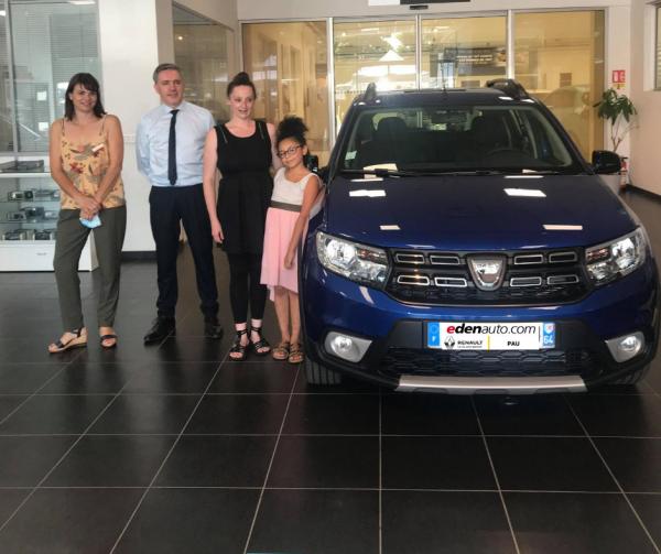 Renault Pau : la gagnante des 15 ans DACIA