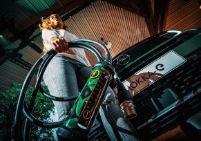 Actu automobile: Chargeur universel Opel