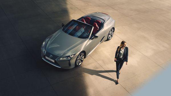 LEXUS LC 500 CABRIOLET, élu Meilleure Voiture de luxe 2021 par le WWCoty - Edenauto le 20 avr. 2021